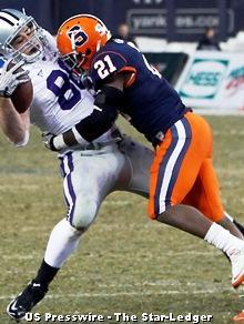 Syracuse safety Shamarko Thomas.